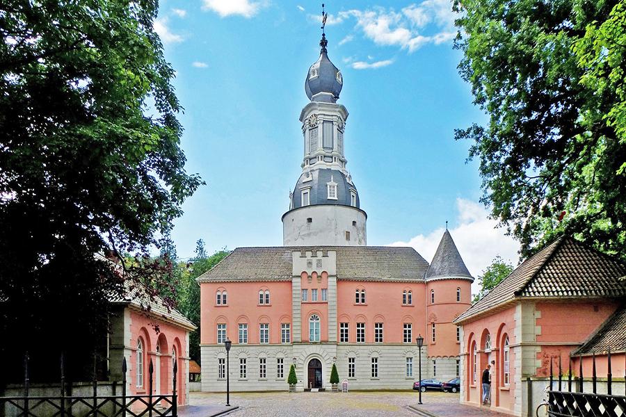 Außenansicht Schloss Jever